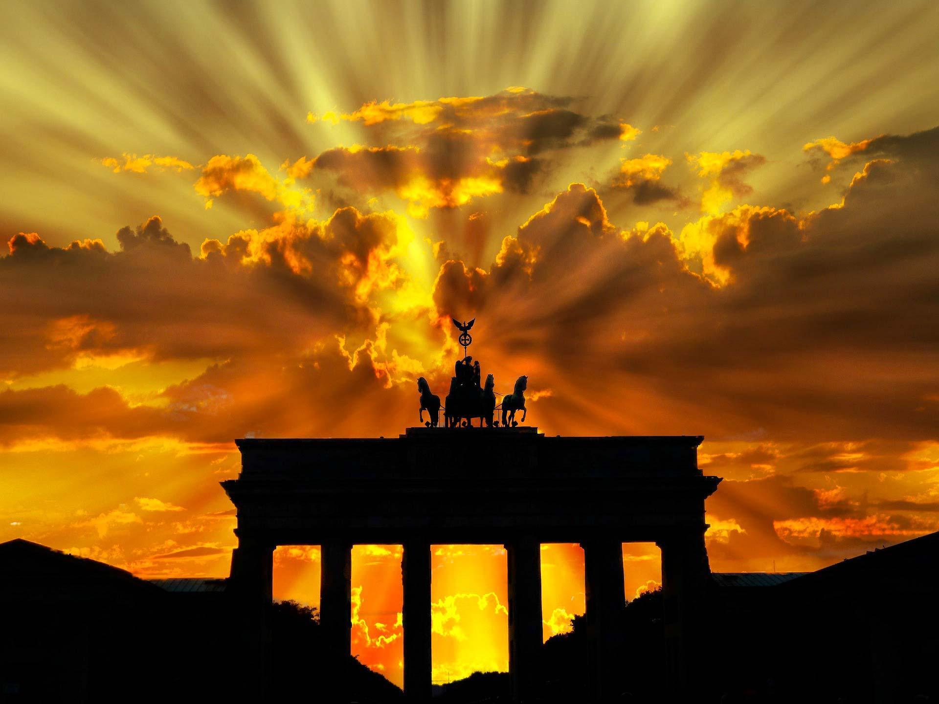 I corsi di tedesco sono importanti per conoscere una lingua fondamentale nel lavoro.